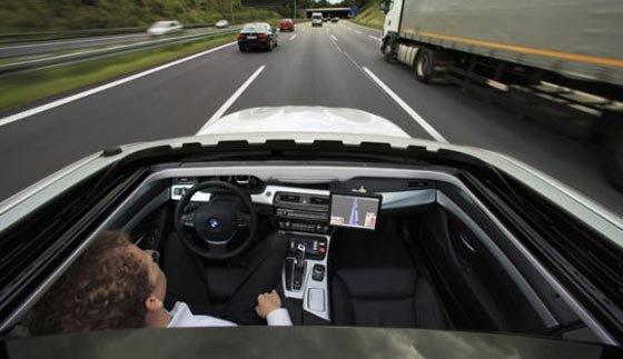 BMW بر روی ماشین های بدون راننده تمرکز کرده است